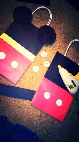 In the process of making these cute mickey mouse goody/favor bags for my baby boys first birthday :)