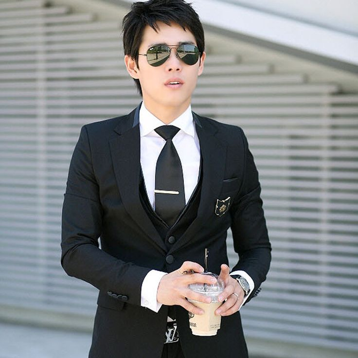 Find More Blazers Information about Blazer Men 2015 New Luxury Black Slim Fit Men's Casual Blazer Fashion Serge Single breasted Long Sleeve Suit Jacket For Men Sale,High Quality suit jacket pattern,China suit jacket skirt Suppliers, Cheap suit jacket hoodie from E-Express on Aliexpress.com