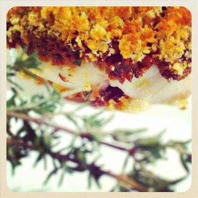 A Chicken in the Kitchen: Crumble de cabillaud aux tomates séchées (Jamie Oliver)