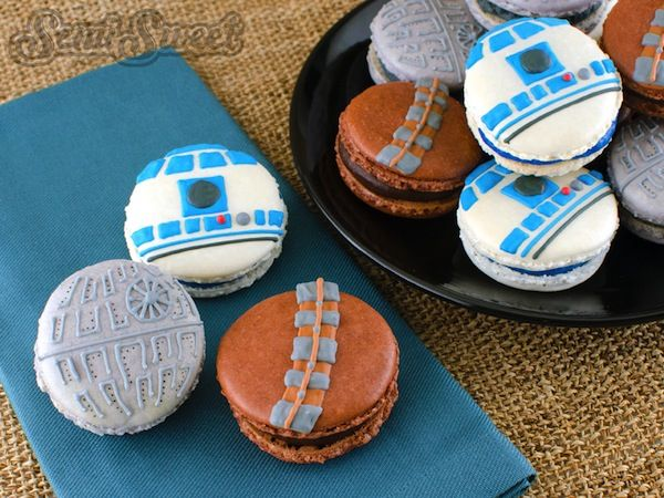 Discover The Force With These 'Star Wars'-Themed Macarons - DesignTAXI.com
