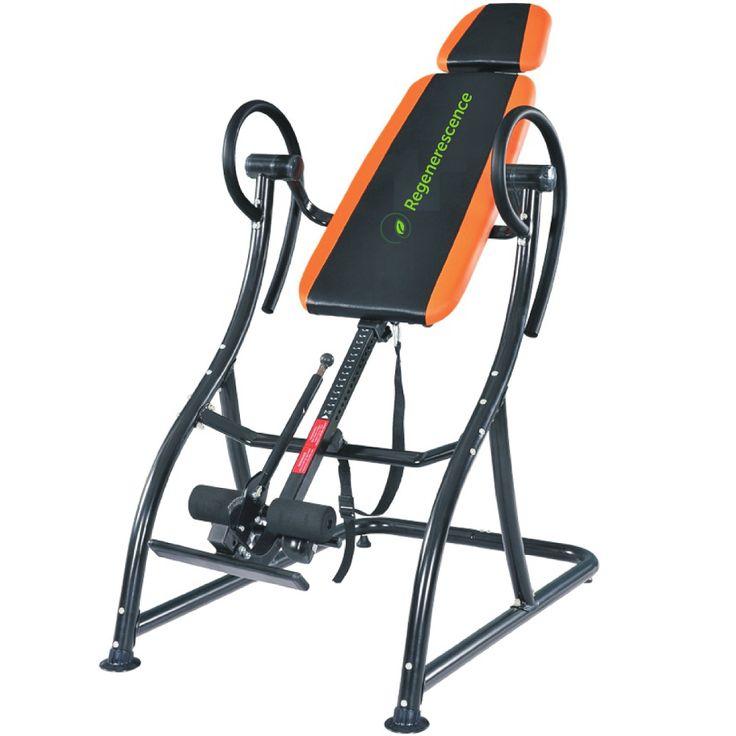 Construite sur la base d'une robuste structure en acier, la table d'inversion Regenerescence BL100 est facile d'utilisation et peut supporter des utilisateurs pensant jusqu'à 135 kg. Son design innovant permet une inversion complète jusqu'à 180 degrés, et son système de fixation de la cheville permet à l'utilisateur de bloquer et de libérer la cheville avec facilité et en toute sécurité. Pour un soutient confortable du dos et de la tête, la plateforme est rembourée et...