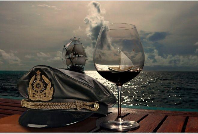 морская фуражка, бокал, море, парусник