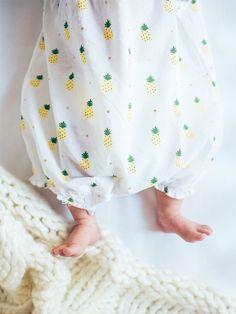Ein Name ist das langlebigste Accessoire, das eine Frau haben kann: Deshalb sollten Mütter weise wählen und ihrer Tochter keinen Namen geben, den jede hat. Wer will schon etwas tragen, das auch alle anderen haben.