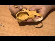 Плетение дорожной солонки из бересты... - YouTube
