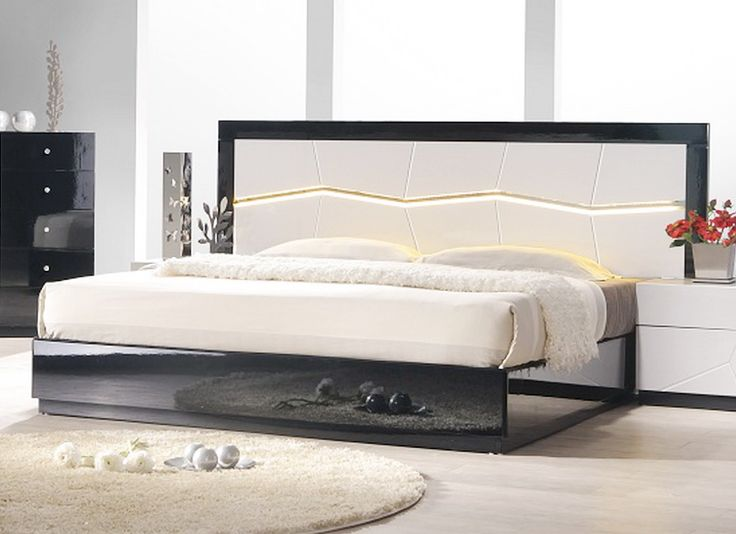 Turin Black And White Lacquer Bed With LED Lighting By Ju0026M