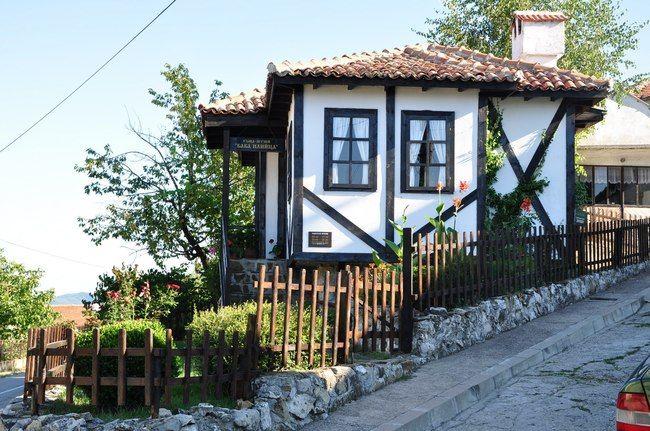 Къщата на баба Илийца - историята на една българка
