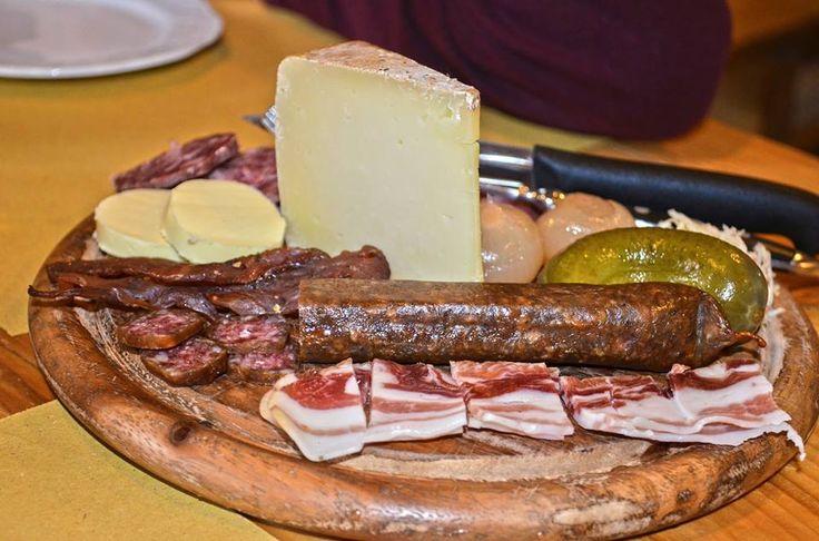 #food #mountain #cheese #formaggio #montagna #salame