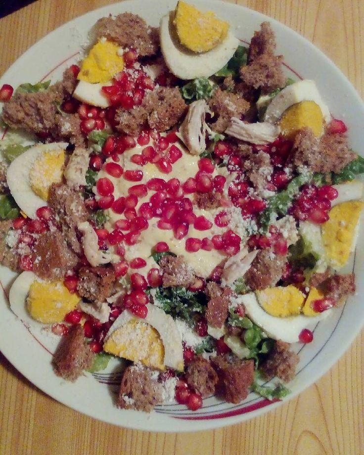 #salad Όταν δεν μπορείς να αποφασίσεις τι να φας για βραδινό τα βάζεις όλα μαζί και γίνεται μια πολύ νόστιμη σαλάτα! . . . #diaryofabeautyaddict #elbeautythings #greekblogger #diet #dietrecipe #foodblogger #lifestyleblogger #instablogger #picoftheday #instafood #food #dukan #dukandiet #salads