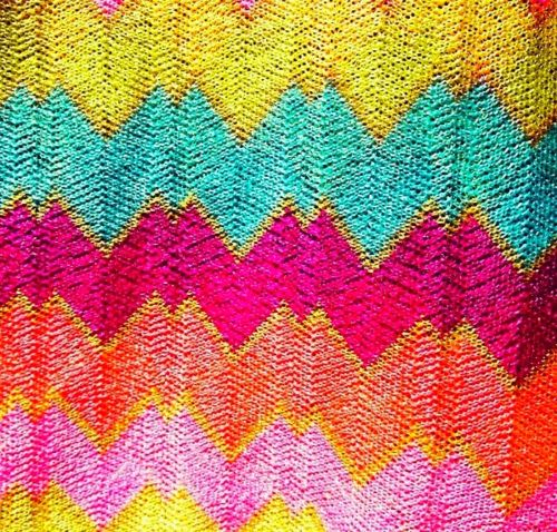 love these brights!!!: Design Inspiration, Colors Obsession, Rainbows Colors, Pretty Colors, Fondo Colorido, Colors Combinations, Capes Cod Collegiate, Colors Inspiration, Art Baby