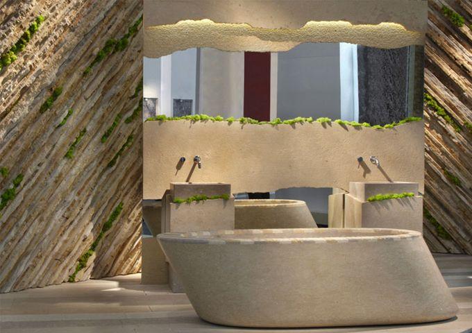 STONE PROFILE BATHTUB WITH MIRROR