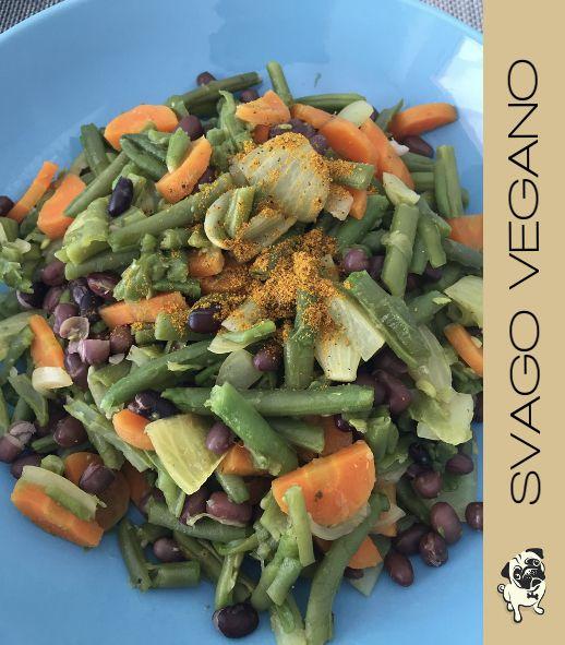 Dall'Asia alla nostra tavola; gli azuki sono dei fagioli sani e buoni. #azukiandcurry > http://svagovegano.it/ricette/fagioli-azuki-al-curry/