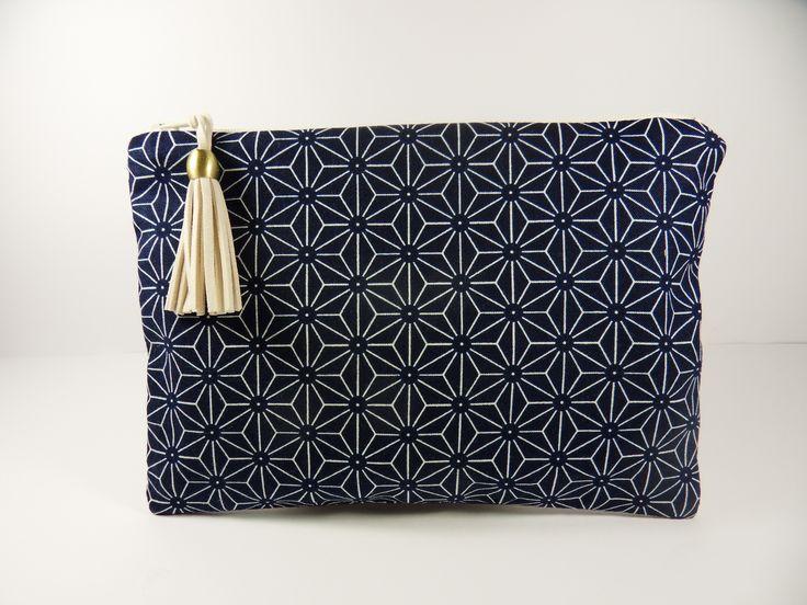 Pochette à maquillage en tissu japonais traditionnel  ASANOHA blanc, bleu marine.