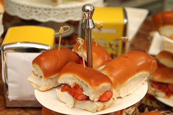 Festa do Sanduiche Doguinho Como organizar festas