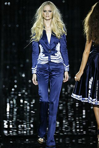 shop designer clothes online canada Julien Macdonald Spring Summer 2007 Ready To Wear