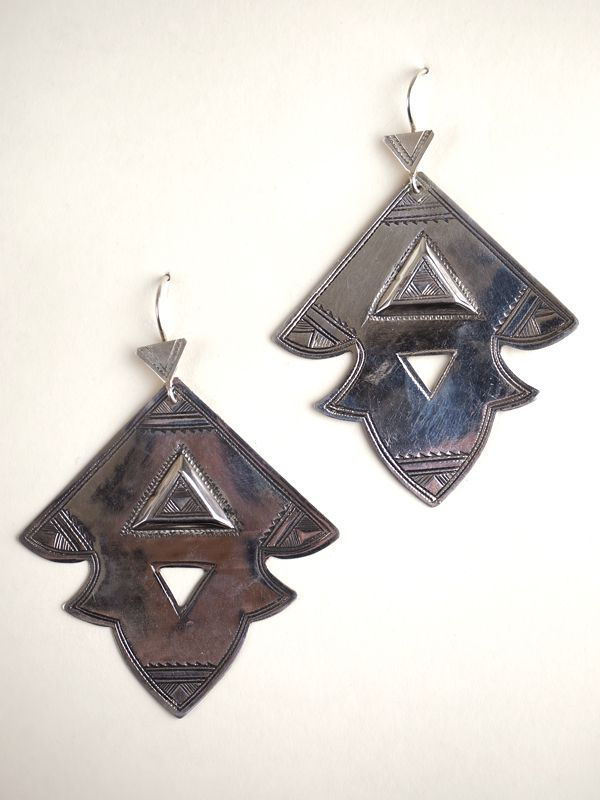 Elhadji | Taureg Jewelry | Niger, Africa | Each piece of Tuareg jewelry helps provide the artisans with the blessings of food and culture and the wearer of the jewelry a sense of beauty and pride