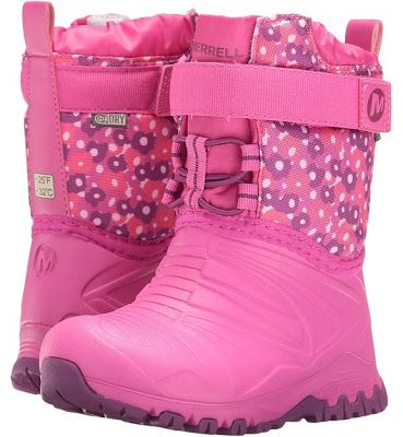 Merrell Kids Snow Quest Lite waterproof girls boots feature M-Select DRY™ textile upper which is waterproof.  Pull cord lace-up construction with additional hook-and-loop strap offers an extra snug fit and easy to do up for toddlers.