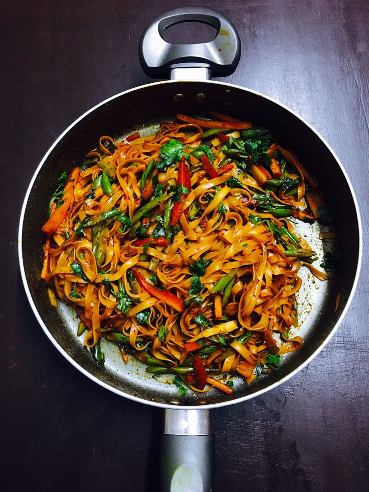 Chilli Garlic Noodles with Vegetables - Purple Cinnamon