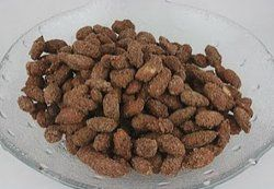Sugared Cinnamon Almonds Slow Cooker Recipe - Great for the holidays and doubles as a holiday gift to give to friends and family!