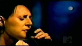 UVIOO.com - Massive Attack - Teardrop with Liz Fraser