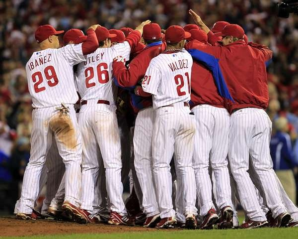 Team celebrates after Roy Halladay's no-hitter in game 1 of the NLDS in 2010