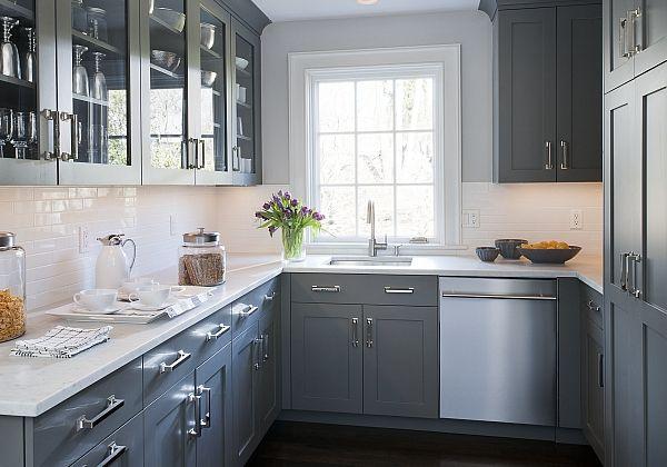 petite-cuisine-ikea-cuisine-grise-couleur-mur-cuisine-modele-de-cuisine-carrelage-blanc