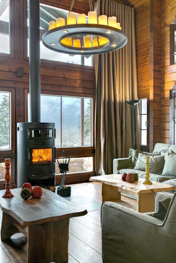 Built from renewable solid wood in a sustainable way, Honka log cabins and holiday lodges are a perfect fit for any environment. Browse our collection for ideas!