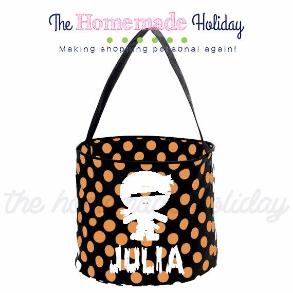 Personalized Halloween trick or treat bag by TheHomeMadeHoliday