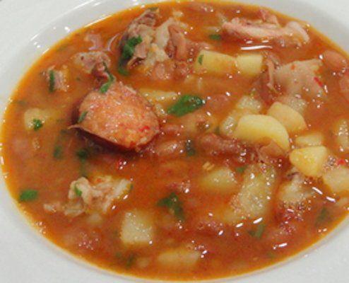 Tradicional Sopa da Pedra - http://www.receitasja.com/tradicional-sopa-de-pedra/