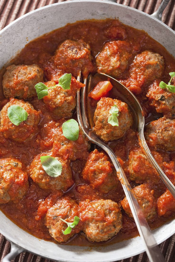 Meatballs with Sweet and Sassy Sauce #superbowl