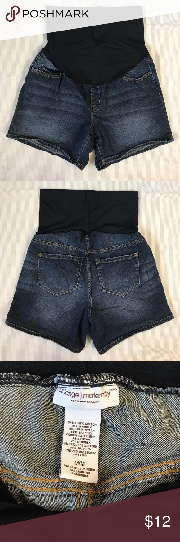 "Liz Lange Maternity Shorts Denim M EUC. 5 pockets. Inseam 5"" Rise 6"" Across Waist 16.5"" Across Hip 21"" Total Length 21.5"" Liz Lange for Target Shorts Jean Shorts"