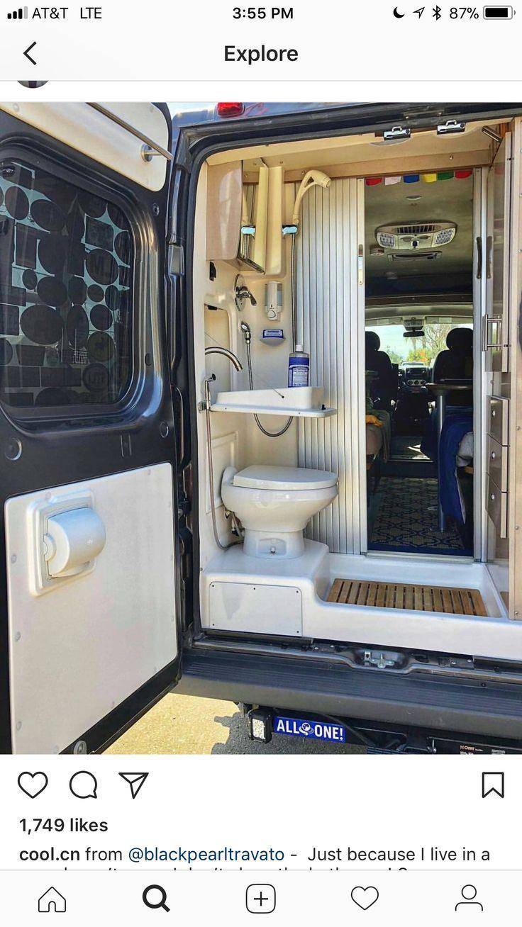 super Zuhause auf Rädern. Vanlife. Van Umbau Badezimmer. #vanlife - #adventure #auf #Badezimmer #Rädern