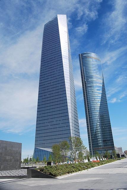 *SPAIN ~ Torre de Cristal y Torre Espacio. Madrid,