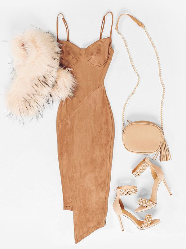 Get Me Bodied Dress #lolashoetique #ootd #holiday #new #bodycon #camel #dress #sexy #dressy #camel #tan #heels #sotd #holidayheels