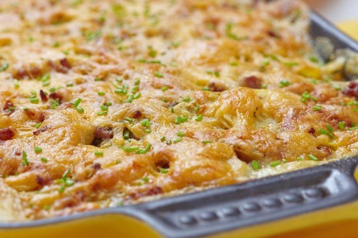 Casserole de pommes de terre, saucisse et fromage