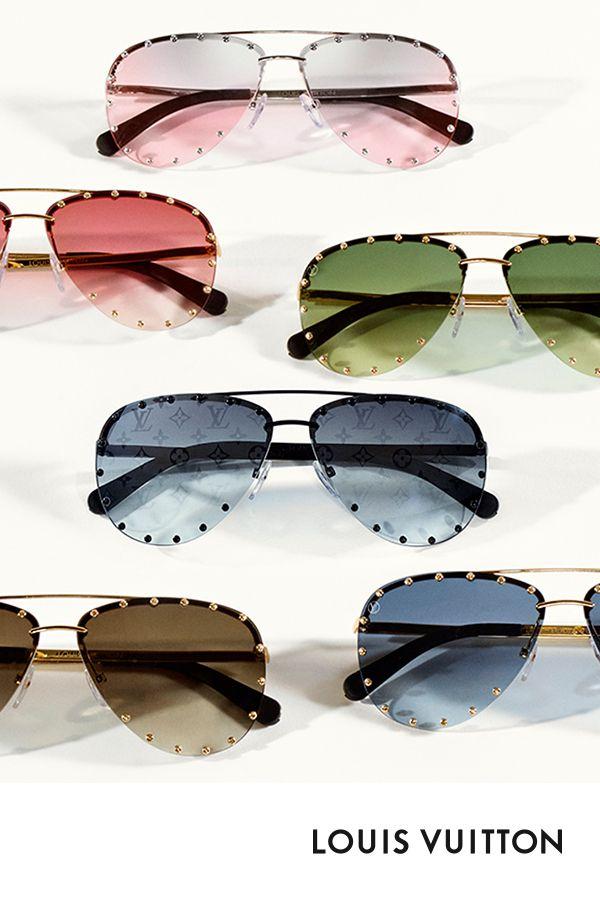 Les lunettes de soleil The Party de Louis Vuitton. Les emblématiques clous  des lunettes de soleil The Party de Louis Vuitton rappellent les malles de  la ... e2da91ed3dd0