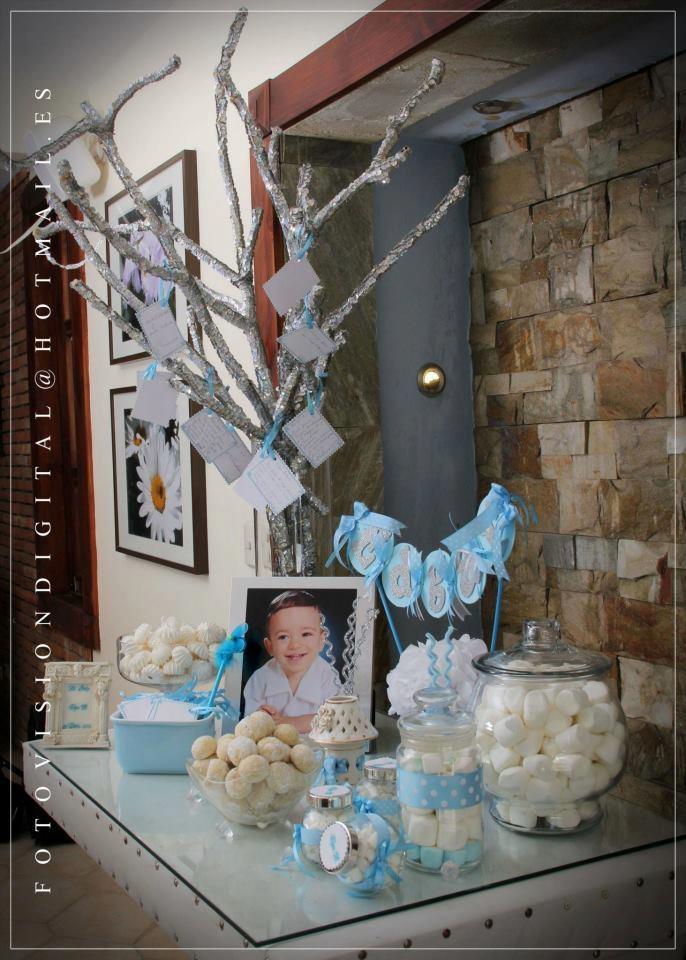 Mesa de Entrada, Bautizo para Sky..tic-tacs, mexican wedding cookies, powder sugar donnuts