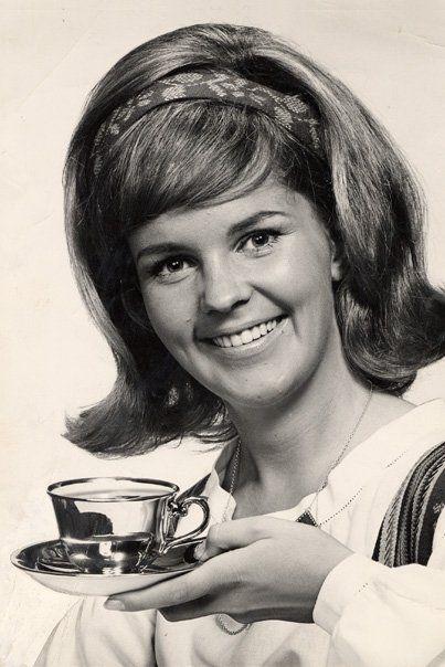 Paula, the Coffee Girl
