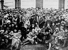 Vladimir Lenin, Klim Voroshilov and Leon Trotsky and soldiers, Petrograd, 1921.