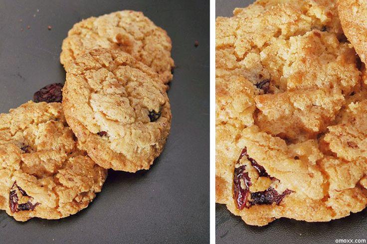 Cookies Rezept mit Weißer Schokolade und Cranberries. Cookies selber backen geht leicht mit diesem leckeren Rezept.