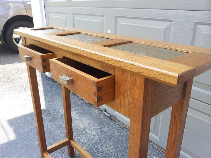 17 best images about hall tables on pinterest dressing for Narrow dressing table