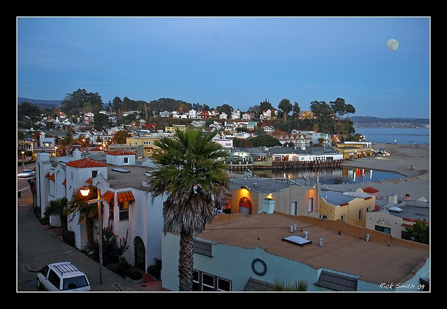 Capitola By The Sea