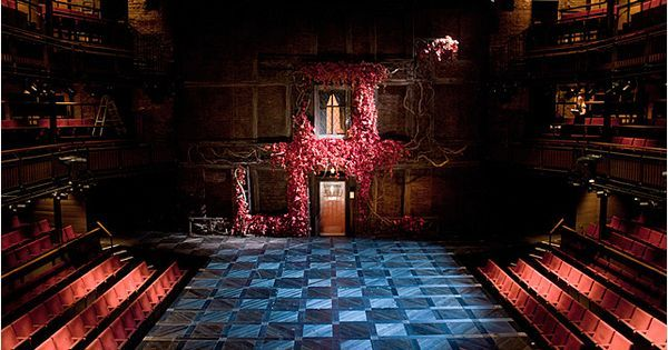 The Merry Wives of W - The Merry Wives of Windsor. Design by Max Jones --- #Theaterkompass #Theater #Theatre #Schauspiel #Tanztheater #Ballett #Oper #Musiktheater #Bühnenbau #Bühnenbild #Scénographie #Bühne #Stage #Set