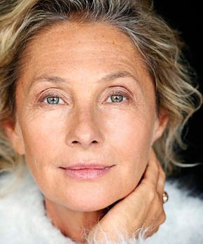 Best foundations for youthful appearance. Fill in wrinkles, airbrush age spots and give dehydrated skin a dewy finish with these amazing, decade-erasing foundations