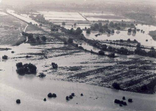 1975 Inundatii - Dambovita revarsata
