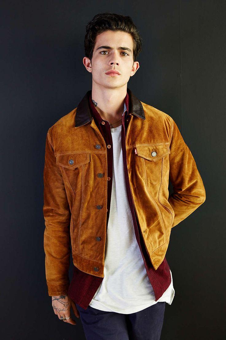 levi 39 s suede trucker jacket suede jacket men 39 s fashion and winter wear. Black Bedroom Furniture Sets. Home Design Ideas