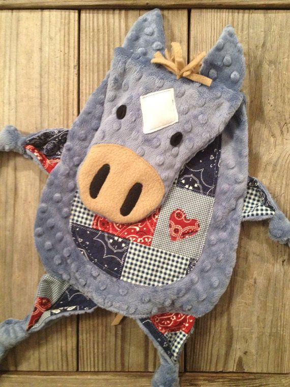 Listing for Denim Blue color minky with Bandana print belly.    Whether for a newborn or toddler they will love this. My own 3 year old boy carries his