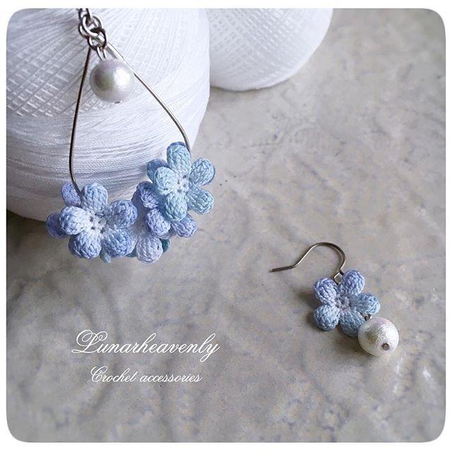 忘れな草の雫ピアス こちらもリボンマルシェにて販売予定です。 #forgetmenot #crochet #crochetflower #lunarheavenly #レース編み #忘れな草 #かぎ針編み