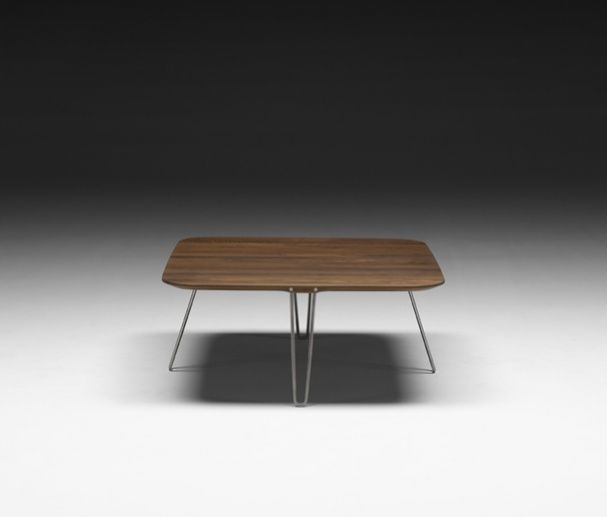 Ak 1840 coffeetable walnut