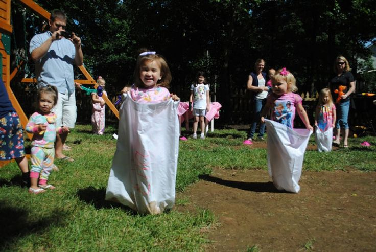 For kids birthday parties or family reunions, have them decorate pillowcases and race. #crafts