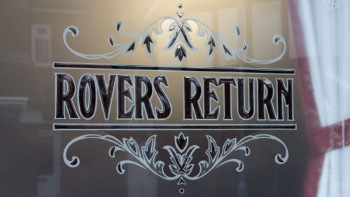 rovers-glass-500.jpg (500×281)